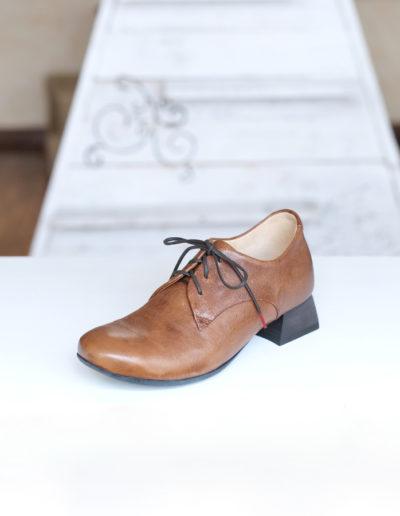 Think Délicia chaussure cognac