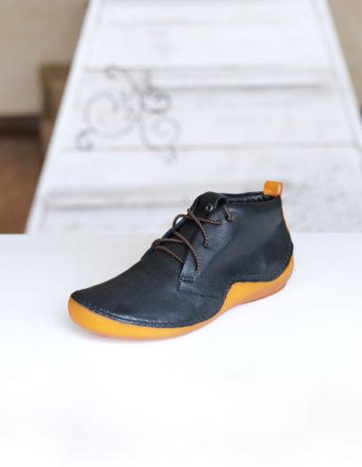 Think Kapsel chaussure noire à lacet élastique